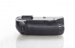 Многофункциональная аккумуляторная рукоятка Phottix BG-D600 для Nikon D600, D610 (Батарейный блок Nikon MB-D14)