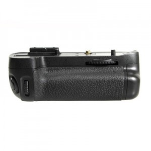 Многофункциональная аккумуляторная рукоятка Phottix BG-D7100 для Nikon D7100, D7200 (Батарейный блок MB-D15)